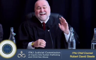 Former CIA Agent Robert Steele – YOU Can Make The Difference With Blogging – FIGHT THE POWER!