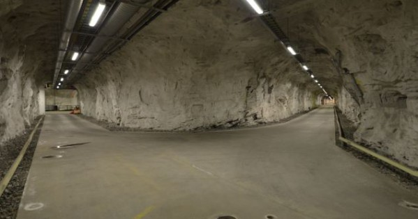 DEEP UNDERGROUND MILITARY BASES IN AMERICA