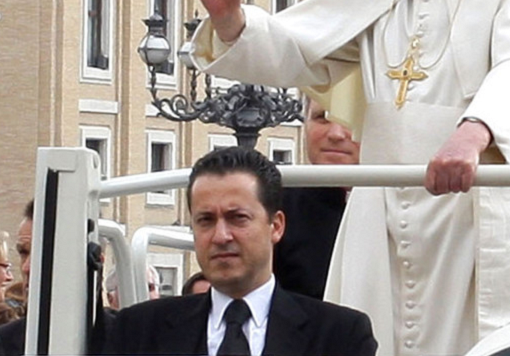 Pope's butler arrested over Vatican documents leak