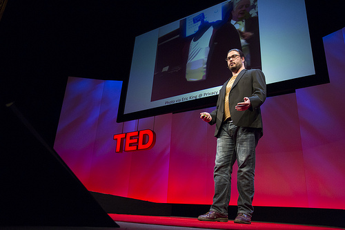 Chris_Soghoian_IMSI_catcher_Cell_phone_TED