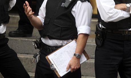 Accidental Leak: UK Policeman's Clipboard Reveals Julian Assange Arrest Tactics