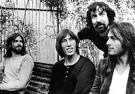 Pink Floyd – Entertainers, Activists