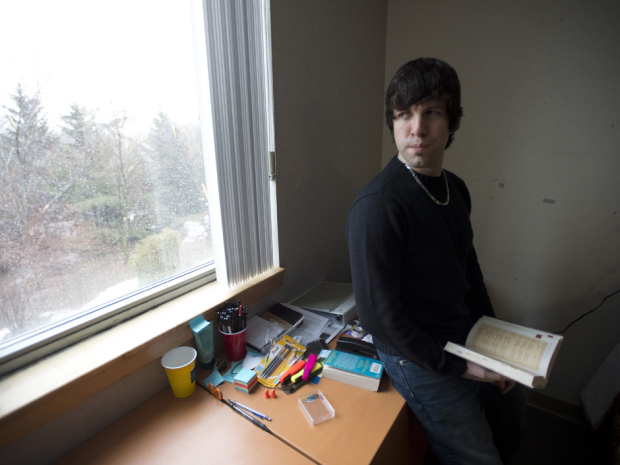 Matt DeHart: Former Soldier Wanted by the US for Working with Anonymous
